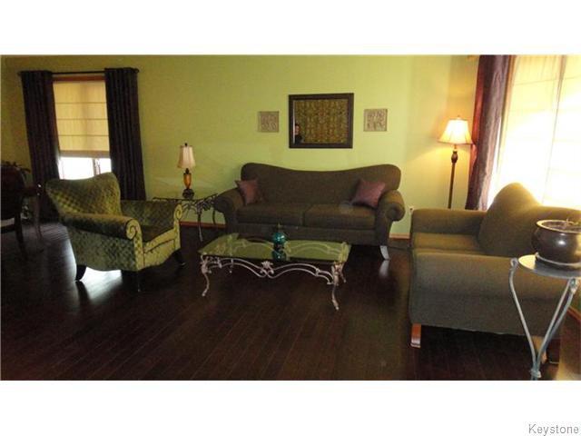 Photo 2: Photos: 6 Saul Miller Drive in WINNIPEG: West Kildonan / Garden City Residential for sale (North West Winnipeg)  : MLS®# 1520095