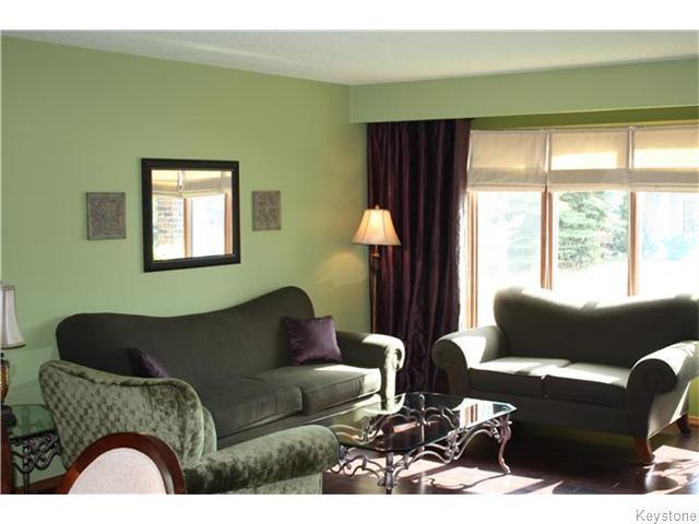 Photo 3: Photos: 6 Saul Miller Drive in WINNIPEG: West Kildonan / Garden City Residential for sale (North West Winnipeg)  : MLS®# 1520095