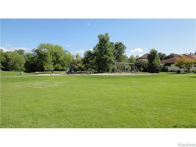 Photo 19: Photos: 6 Saul Miller Drive in WINNIPEG: West Kildonan / Garden City Residential for sale (North West Winnipeg)  : MLS®# 1520095