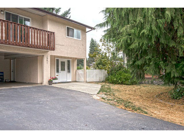 Main Photo: 1541 CHADWICK Avenue in Port Coquitlam: Glenwood PQ House 1/2 Duplex for sale : MLS®# V1135986