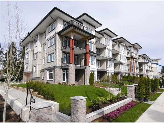 "Main Photo: 319 12075 EDGE Street in Maple Ridge: East Central Condo for sale in ""EDGE"" : MLS®# R2113655"