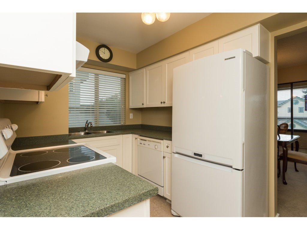 "Photo 11: Photos: 204 1449 MERKLIN Street: White Rock Condo for sale in ""Brendann Place"" (South Surrey White Rock)  : MLS®# R2118649"