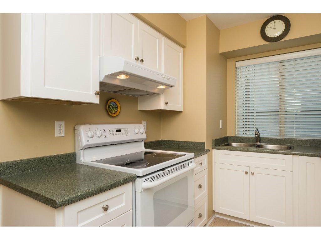 "Photo 10: Photos: 204 1449 MERKLIN Street: White Rock Condo for sale in ""Brendann Place"" (South Surrey White Rock)  : MLS®# R2118649"