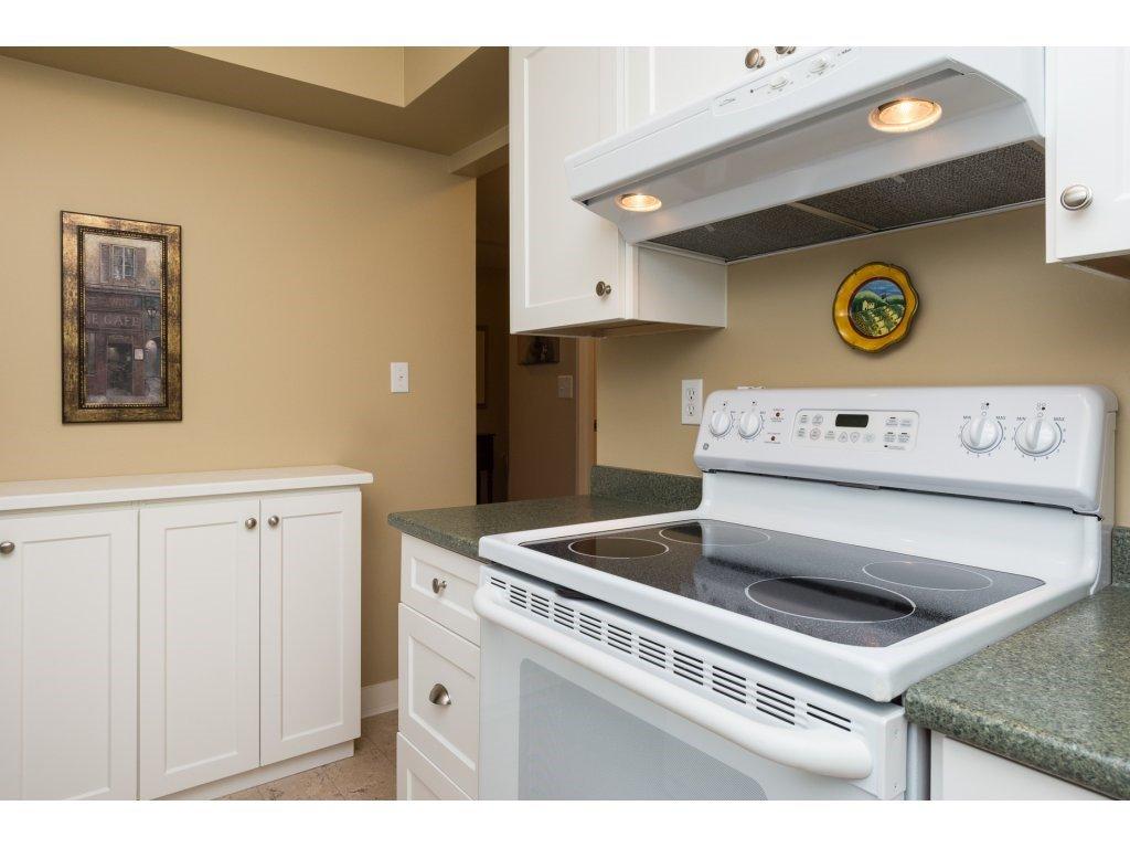 "Photo 13: Photos: 204 1449 MERKLIN Street: White Rock Condo for sale in ""Brendann Place"" (South Surrey White Rock)  : MLS®# R2118649"