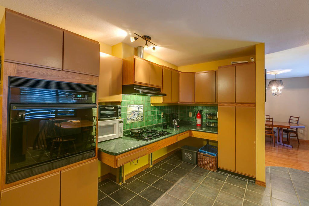 "Photo 10: Photos: 11592 195A Street in Pitt Meadows: South Meadows House for sale in ""CENTRAL MEADOWS"" : MLS®# R2130618"