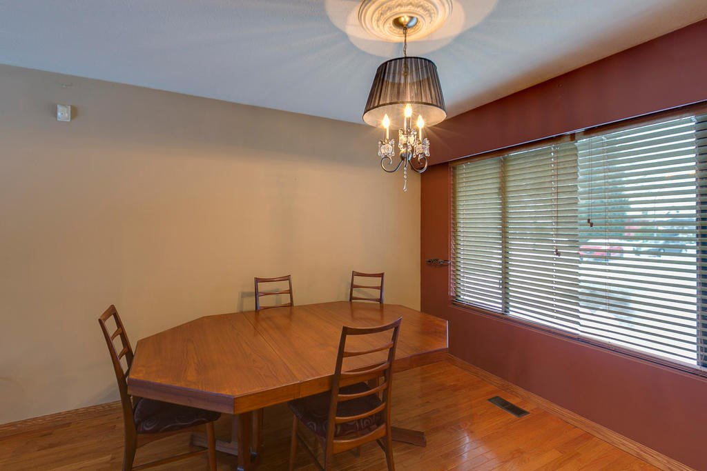 "Photo 7: Photos: 11592 195A Street in Pitt Meadows: South Meadows House for sale in ""CENTRAL MEADOWS"" : MLS®# R2130618"
