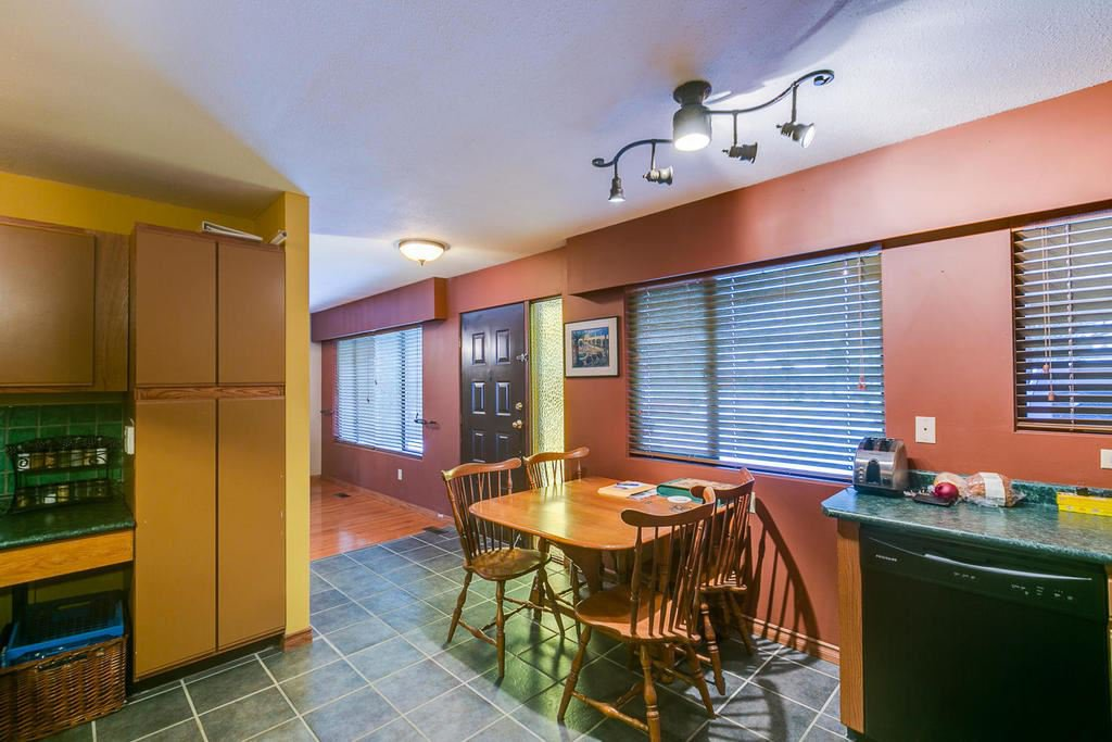 "Photo 11: Photos: 11592 195A Street in Pitt Meadows: South Meadows House for sale in ""CENTRAL MEADOWS"" : MLS®# R2130618"