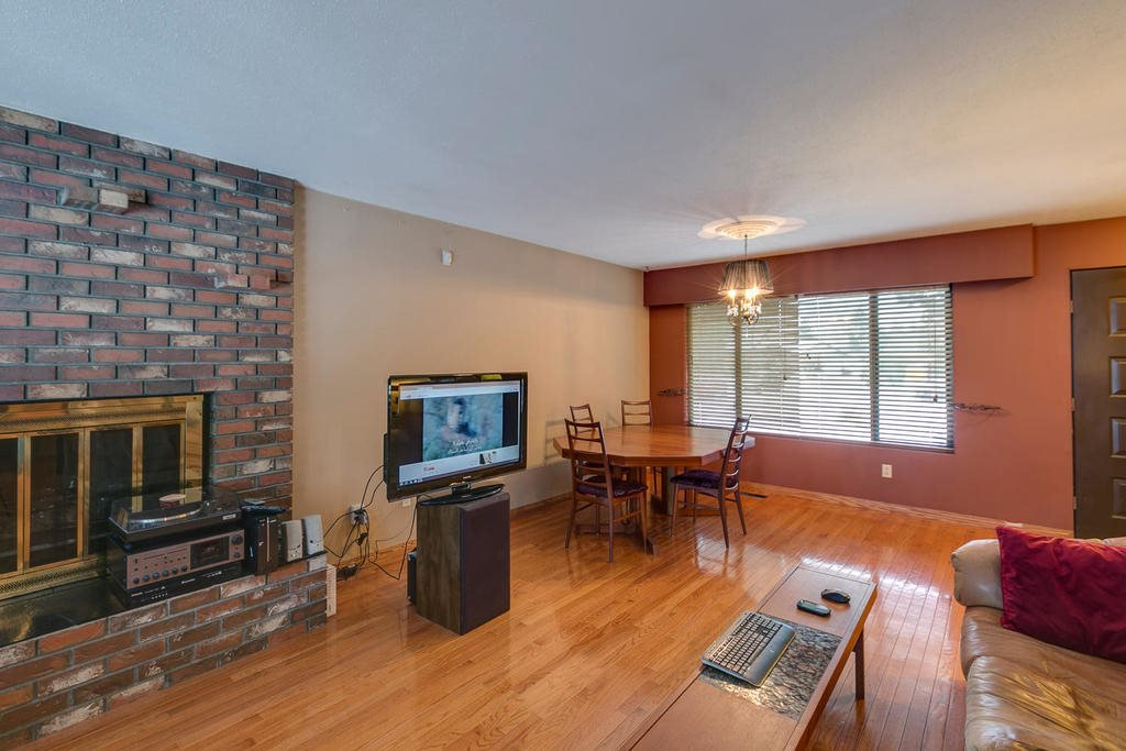 "Photo 8: Photos: 11592 195A Street in Pitt Meadows: South Meadows House for sale in ""CENTRAL MEADOWS"" : MLS®# R2130618"