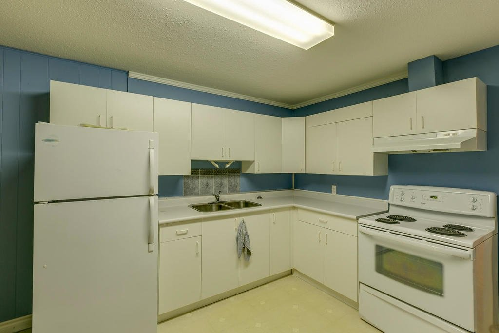 "Photo 13: Photos: 11592 195A Street in Pitt Meadows: South Meadows House for sale in ""CENTRAL MEADOWS"" : MLS®# R2130618"