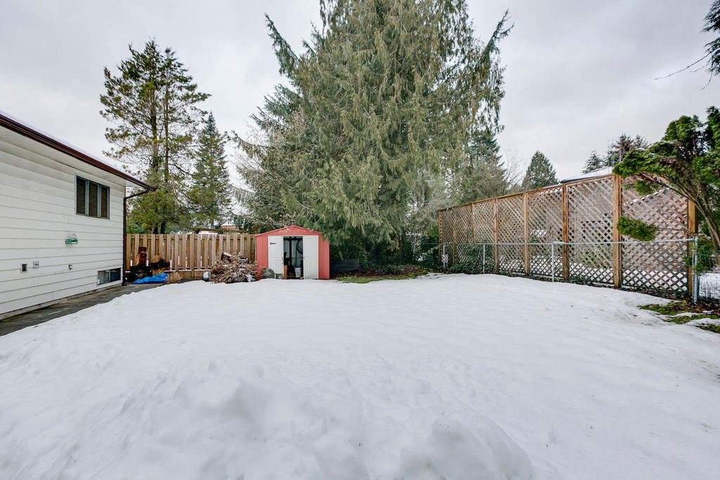 "Photo 19: Photos: 11592 195A Street in Pitt Meadows: South Meadows House for sale in ""CENTRAL MEADOWS"" : MLS®# R2130618"