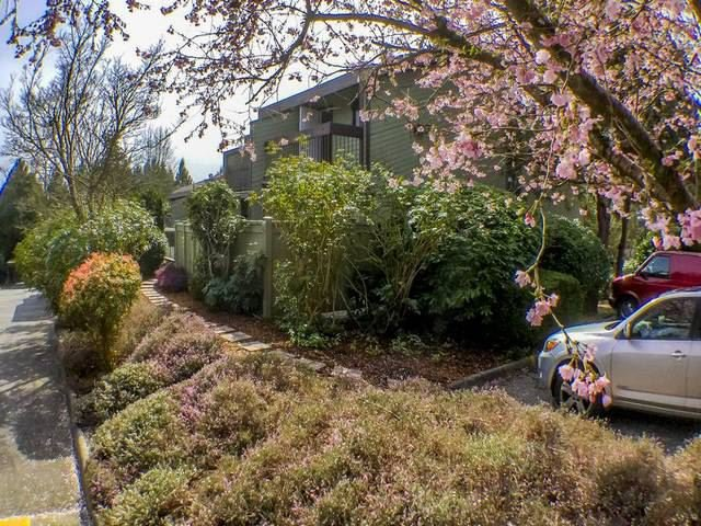 "Main Photo: 2666 KINGSFORD Avenue in Burnaby: Montecito Townhouse for sale in ""KINGSFORD PLACE"" (Burnaby North)  : MLS®# R2155554"