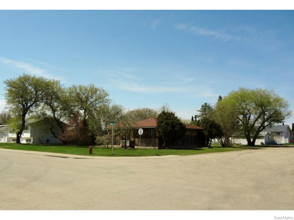 Main Photo: 121 8th Avenue North in Warman: Single Family Dwelling for sale : MLS®# 608559
