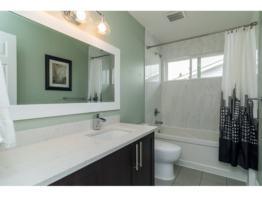 Photo 18: Photos: 21112 95A Avenue in Langley: Walnut Grove House for sale : MLS®# R2198138