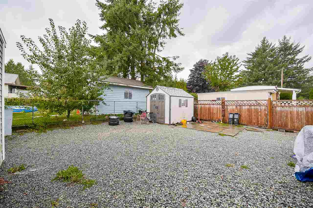 Photo 19: Photos: 31555 OAKRIDGE Crescent in Abbotsford: Poplar Manufactured Home for sale : MLS®# R2208110