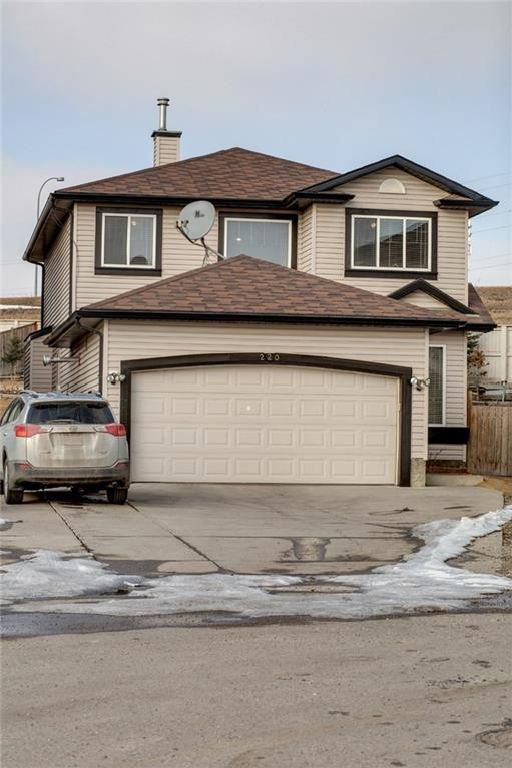 Main Photo: 220 COVEMEADOW Court NE in Calgary: Coventry Hills House for sale : MLS®# C4160697