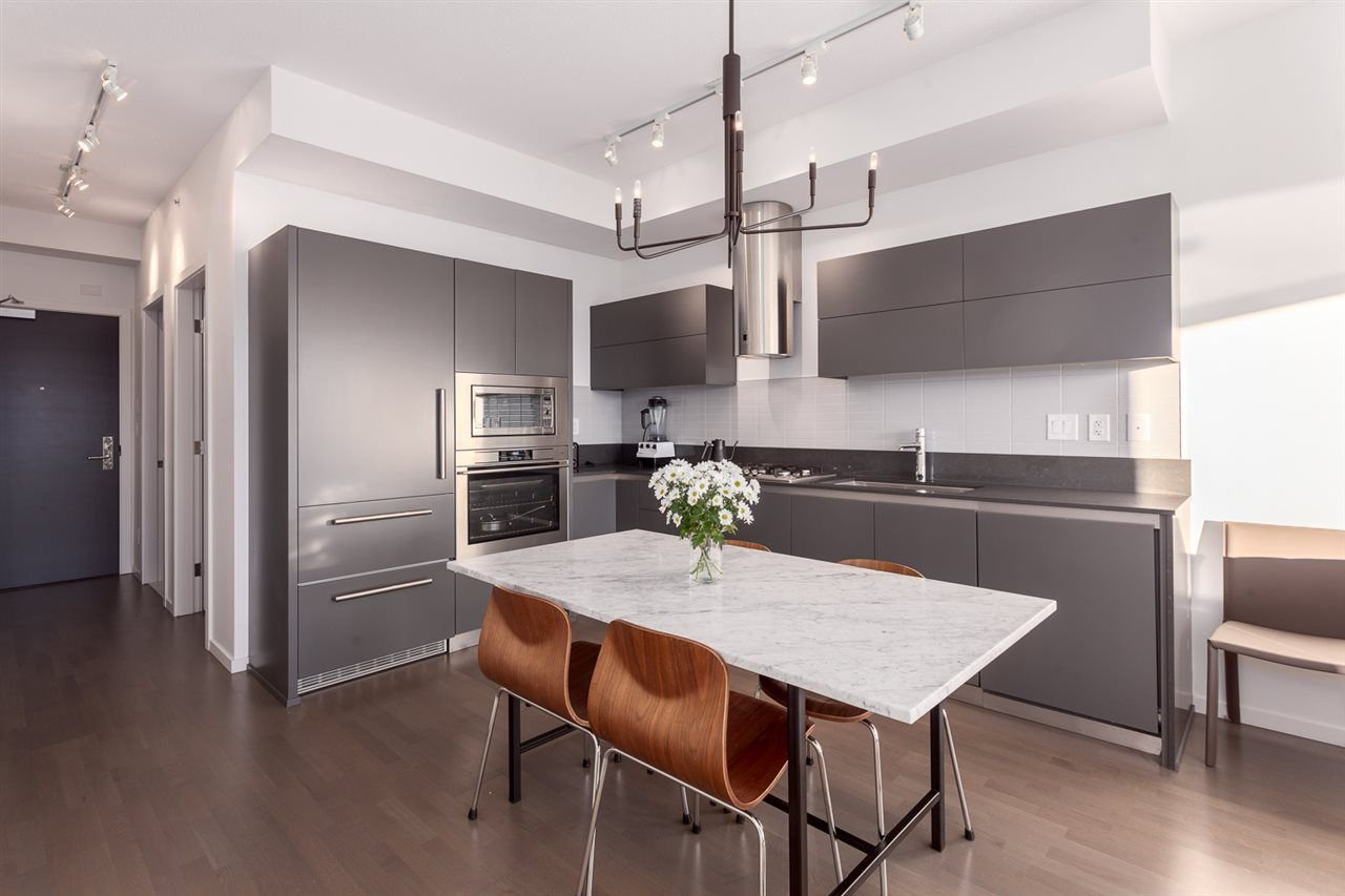 """Photo 3: Photos: 511 133 E 8TH Avenue in Vancouver: Mount Pleasant VE Condo for sale in """"Collection 45"""" (Vancouver East)  : MLS®# R2240865"""