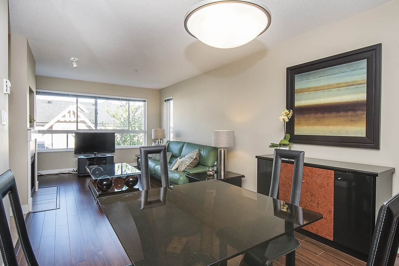 Main Photo: 315 7088 MONT ROYAL Square in : Champlain Heights Condo for sale (Vancouver East)  : MLS®# R2158655