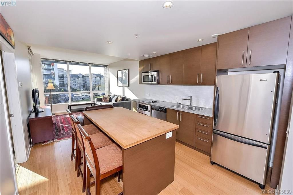 Main Photo: 405 391 Tyee Road in VICTORIA: VW Victoria West Condo Apartment for sale (Victoria West)  : MLS®# 405639