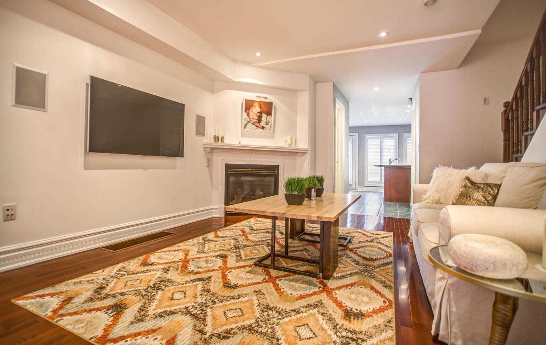 Photo 4: Photos: 119 Carlaw Avenue in Toronto: South Riverdale House (3-Storey) for lease (Toronto E01)  : MLS®# E4386176