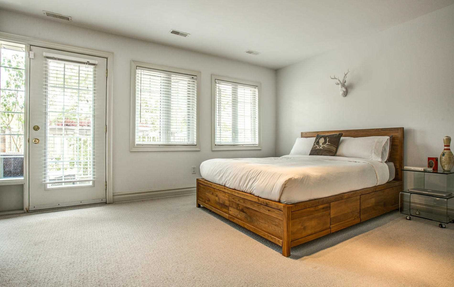 Photo 8: Photos: 119 Carlaw Avenue in Toronto: South Riverdale House (3-Storey) for lease (Toronto E01)  : MLS®# E4386176