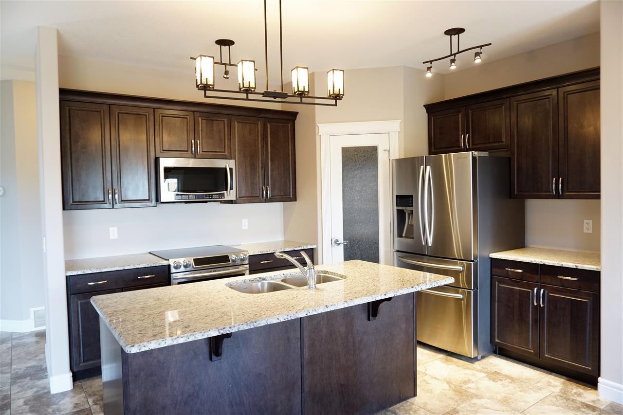 Main Photo: 134 WOODHILL Lane: Fort Saskatchewan House for sale : MLS®# E4158281