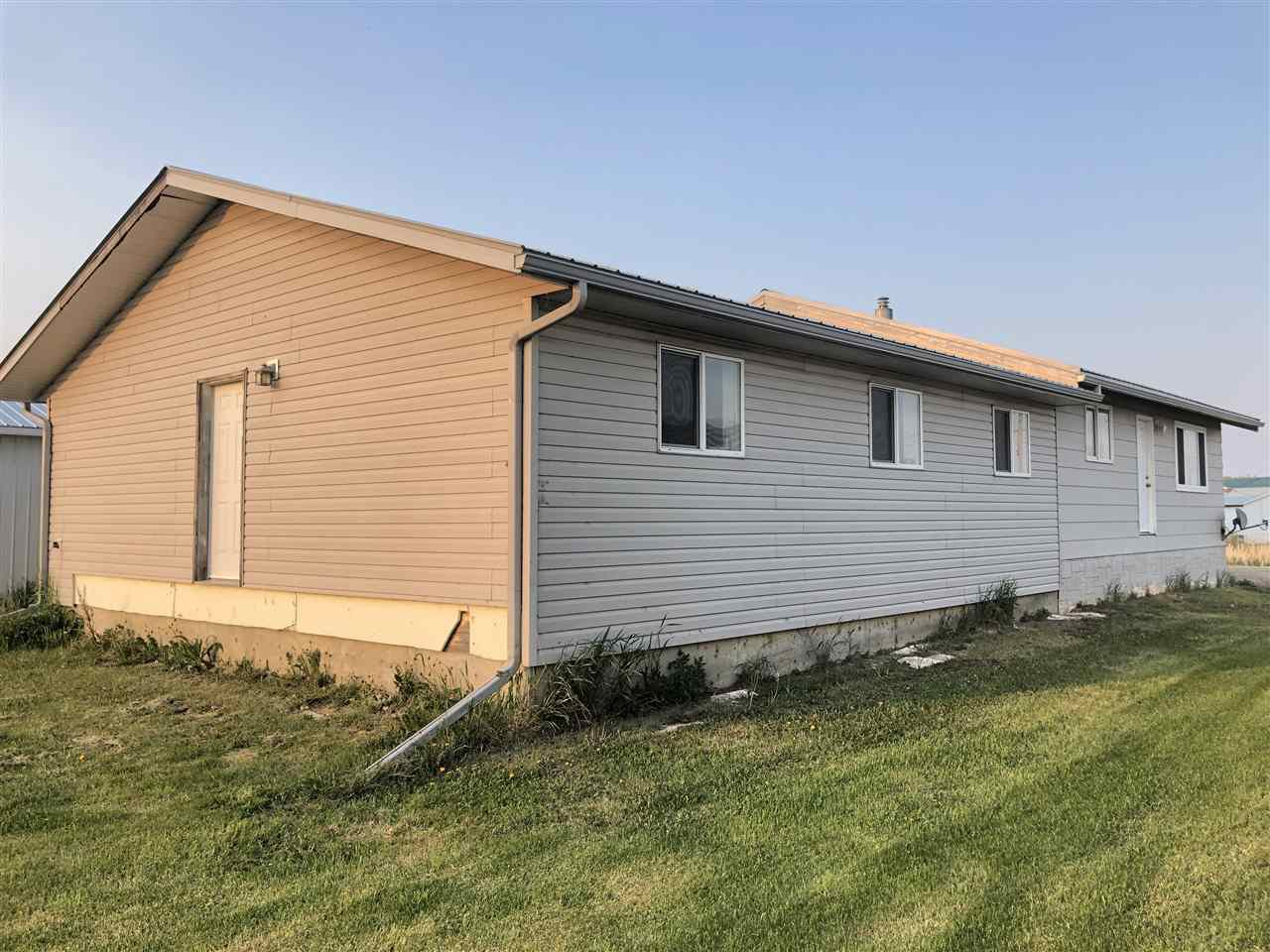 Main Photo: 9121104 2 Highway: Rural Westlock County House for sale : MLS®# E4159552