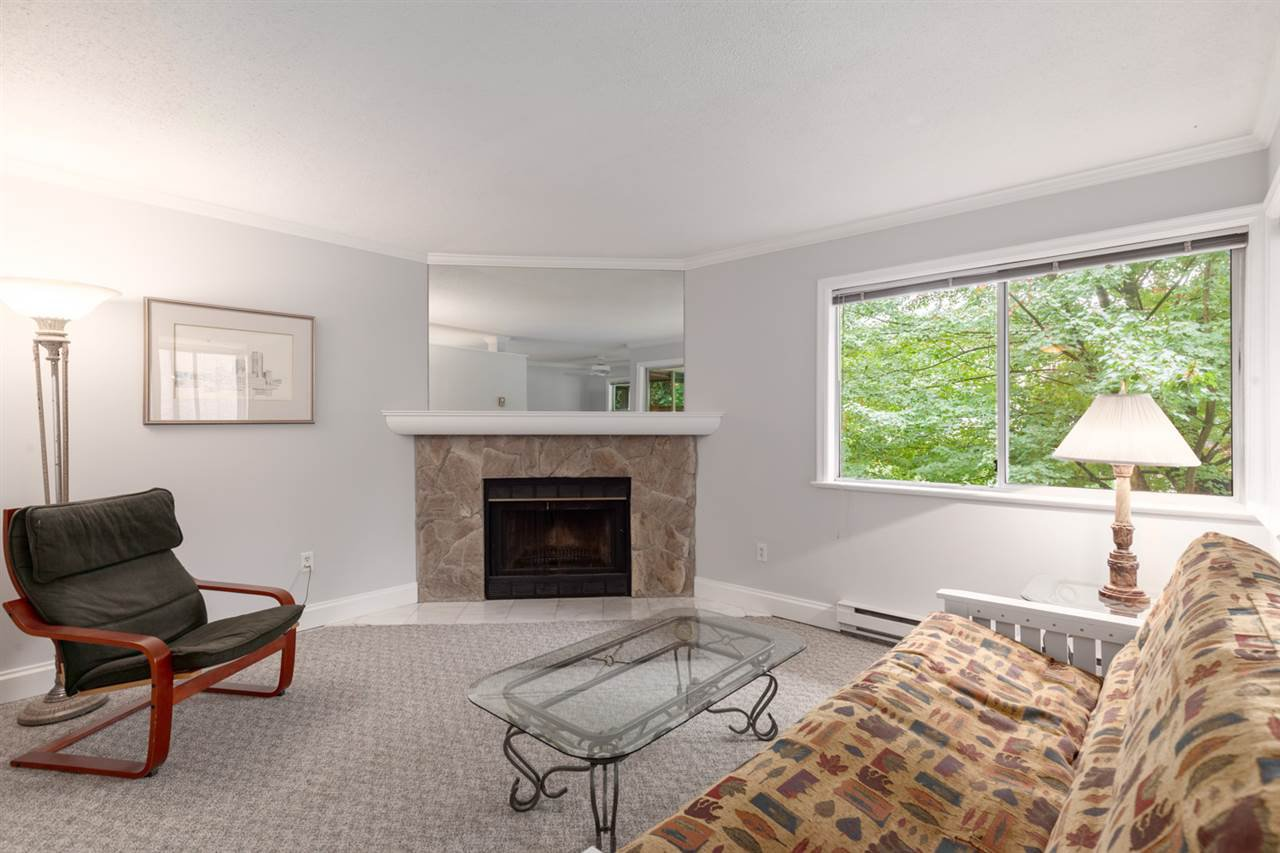 Main Photo: 302 1665 ARBUTUS Street in Vancouver: Kitsilano Condo for sale (Vancouver West)  : MLS®# R2404532