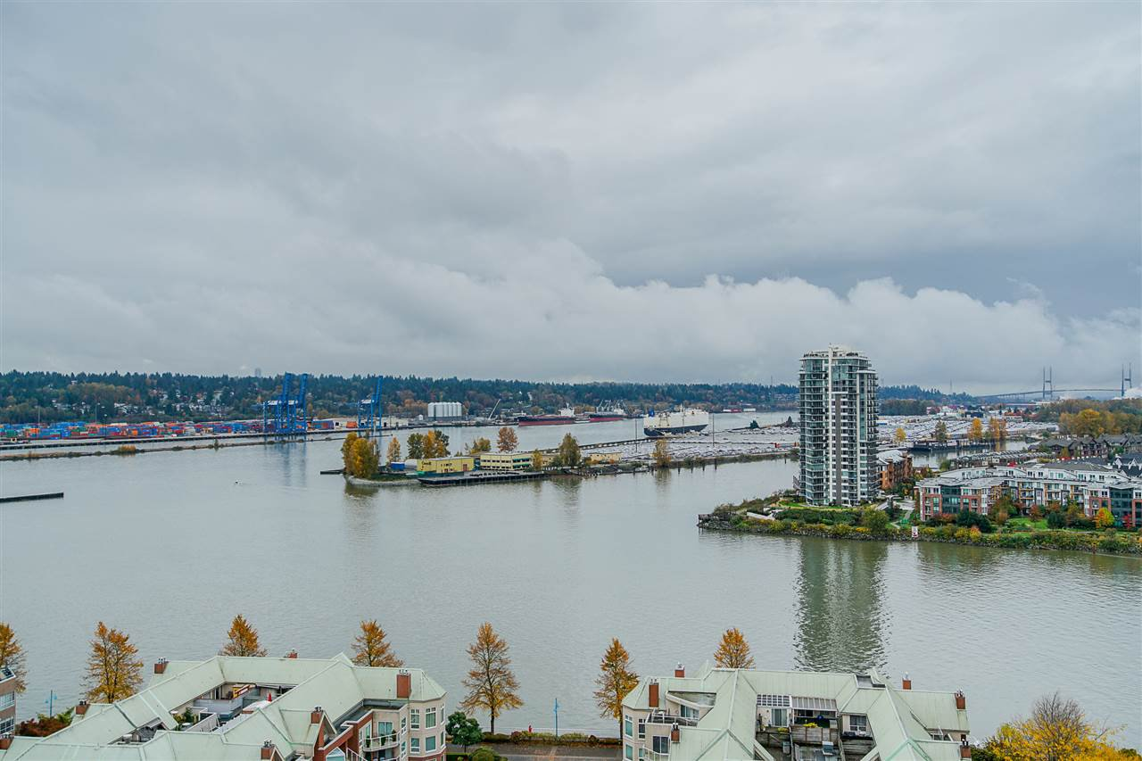 "Photo 3: Photos: 2001 1245 QUAYSIDE Drive in New Westminster: Quay Condo for sale in ""The Riviera"" : MLS®# R2414580"