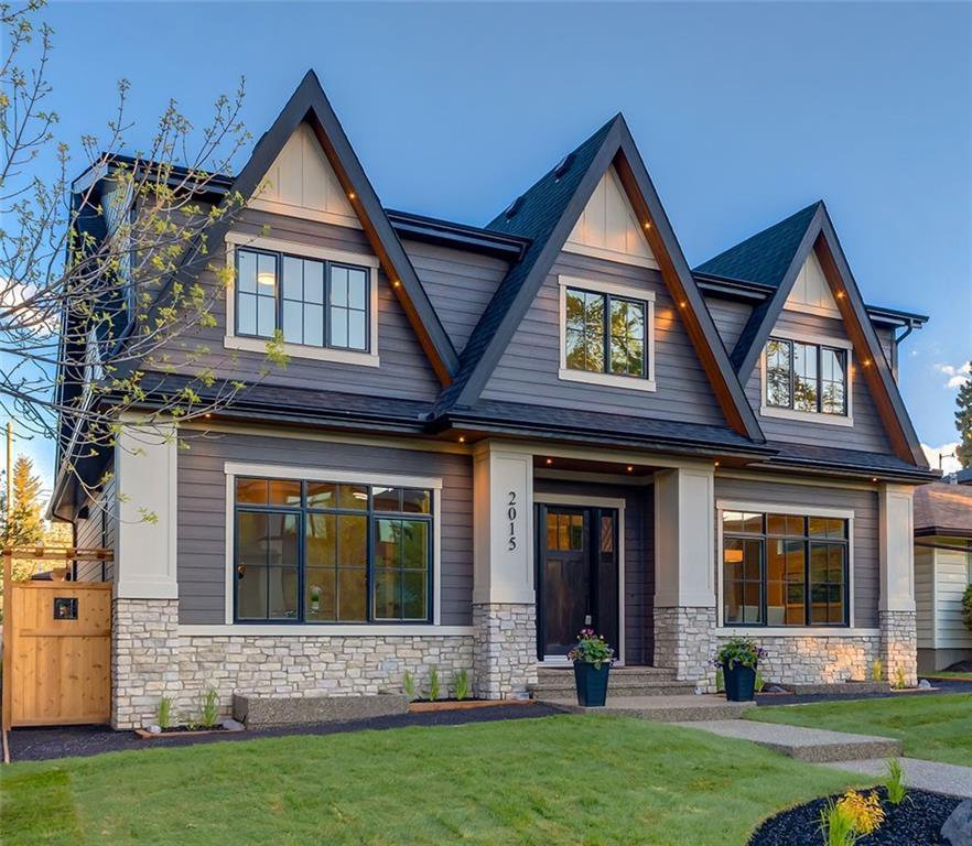 Main Photo: 2015 45 Avenue SW in Calgary: Altadore Detached for sale : MLS®# A1017768