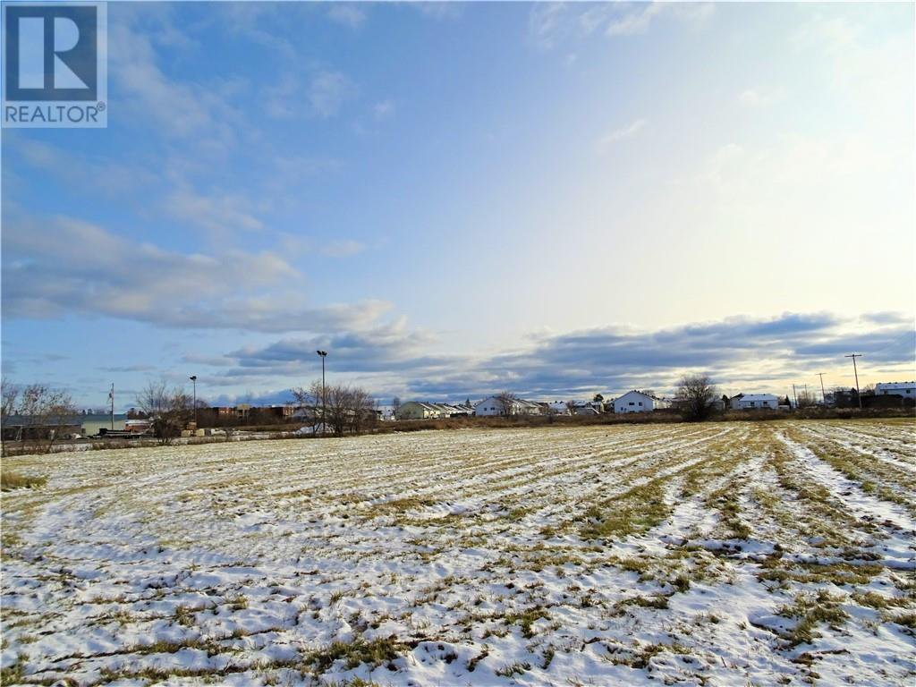 Main Photo: LOT 13 MAIN WEST STREET in Hawkesbury: Vacant Land for sale : MLS®# 1221010