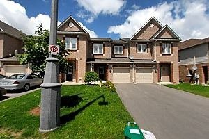 Main Photo: 38 Bilbrough Street in Aurora: Bayview Northeast House (2-Storey) for sale : MLS®# N2862959