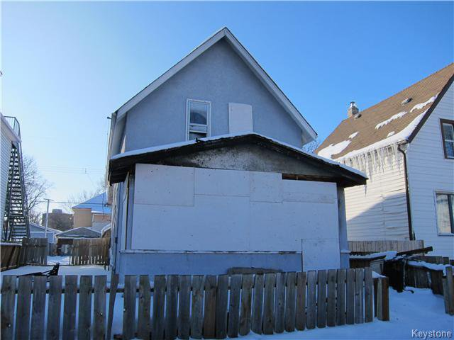 Main Photo: 306 Magnus Avenue in WINNIPEG: North End Residential for sale (North West Winnipeg)  : MLS®# 1601610