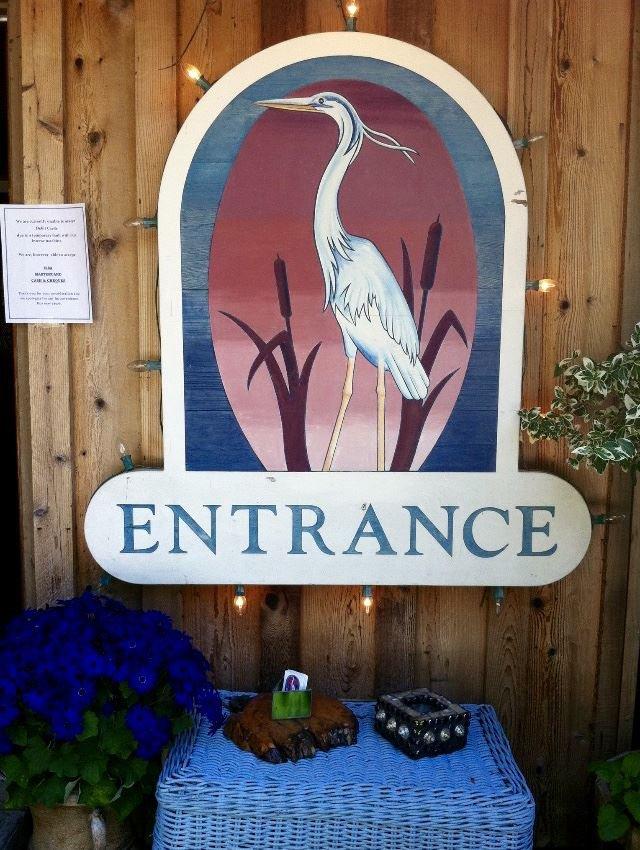 Photo 4: Photos: 5951 DELTA Road in Sechelt: Sechelt District House for sale (Sunshine Coast)  : MLS®# R2076157