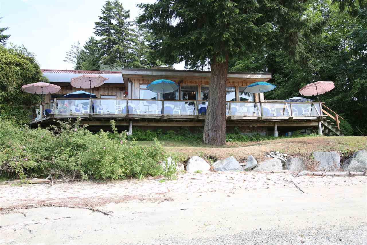 Photo 2: Photos: 5951 DELTA Road in Sechelt: Sechelt District House for sale (Sunshine Coast)  : MLS®# R2076157