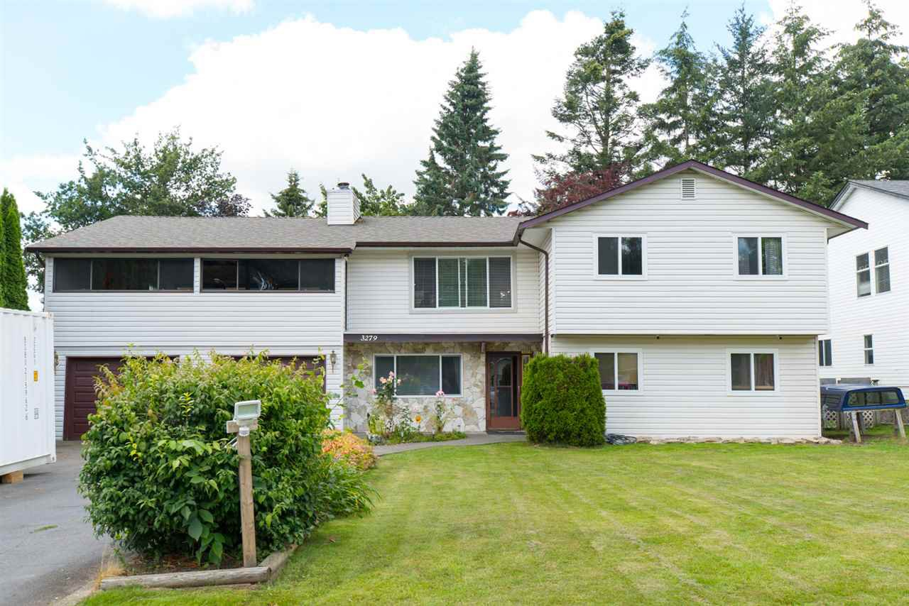 """Main Photo: 3279 275A Street in Langley: Aldergrove Langley House for sale in """"Aldergrove"""" : MLS®# R2092400"""