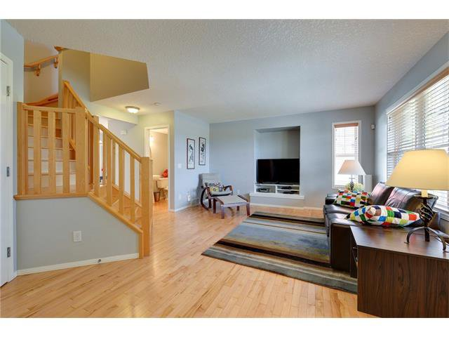 Photo 2: Photos: 78 EVERWILLOW Circle SW in Calgary: Evergreen House for sale : MLS®# C4083870