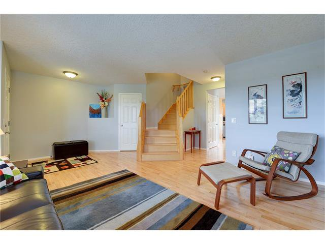 Photo 4: Photos: 78 EVERWILLOW Circle SW in Calgary: Evergreen House for sale : MLS®# C4083870