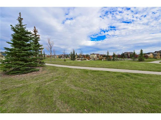 Photo 20: Photos: 78 EVERWILLOW Circle SW in Calgary: Evergreen House for sale : MLS®# C4083870