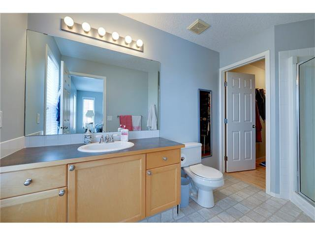 Photo 12: Photos: 78 EVERWILLOW Circle SW in Calgary: Evergreen House for sale : MLS®# C4083870