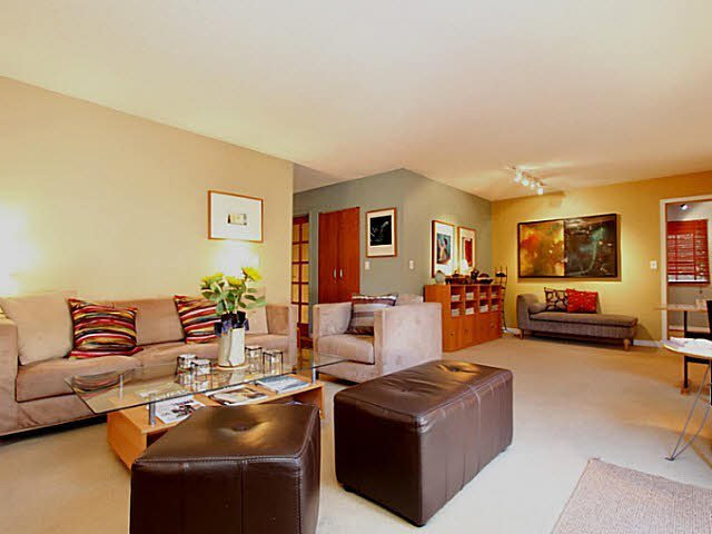 Main Photo: 405 1169 NELSON STREET in : West End VW Condo for sale : MLS®# V1044525