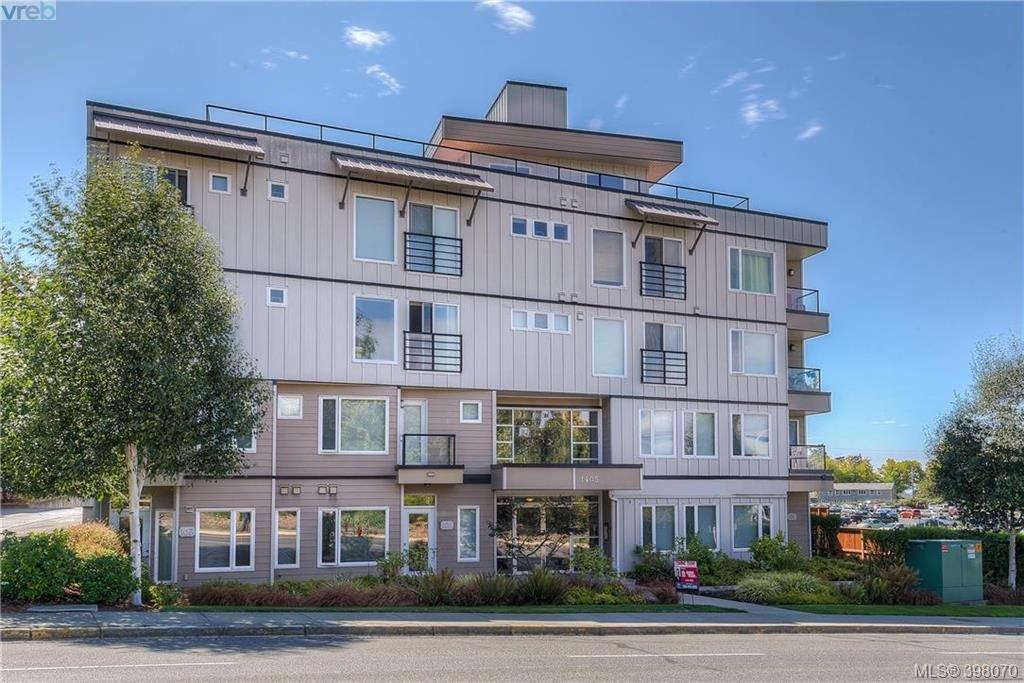 Main Photo: 413 1405 Esquimalt Rd in VICTORIA: Es Saxe Point Condo for sale (Esquimalt)  : MLS®# 796392