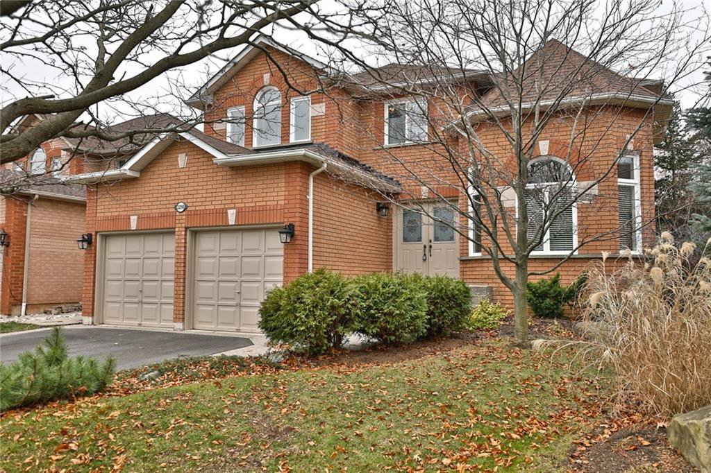 Main Photo: 2298 HILL RIDGE Court in Oakville: Residential for lease : MLS®# H4042998