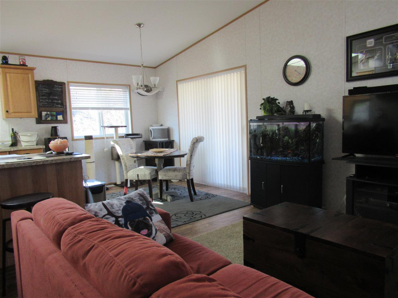 "Photo 6: Photos: 4275 N CLEAR Road in Williams Lake: Williams Lake - Rural North Manufactured Home for sale in ""WILDWOOD"" (Williams Lake (Zone 27))  : MLS®# R2357935"