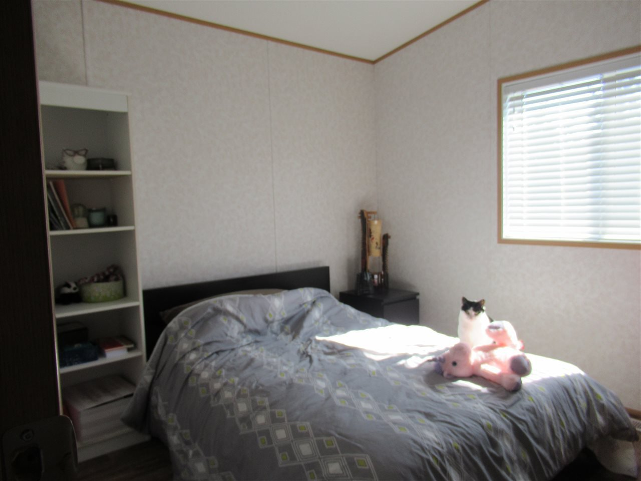 "Photo 14: Photos: 4275 N CLEAR Road in Williams Lake: Williams Lake - Rural North Manufactured Home for sale in ""WILDWOOD"" (Williams Lake (Zone 27))  : MLS®# R2357935"