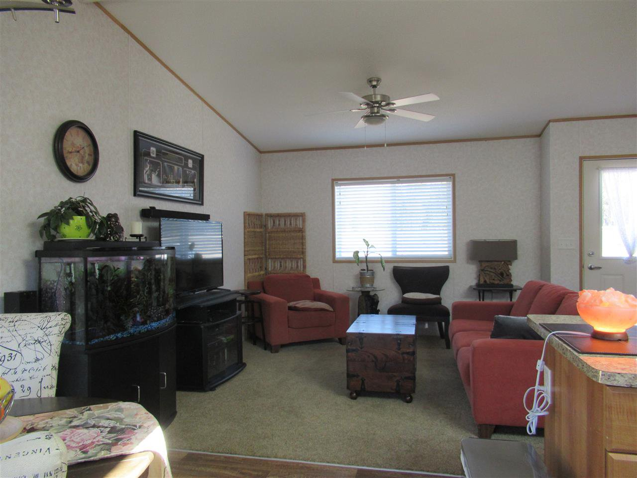"Photo 9: Photos: 4275 N CLEAR Road in Williams Lake: Williams Lake - Rural North Manufactured Home for sale in ""WILDWOOD"" (Williams Lake (Zone 27))  : MLS®# R2357935"
