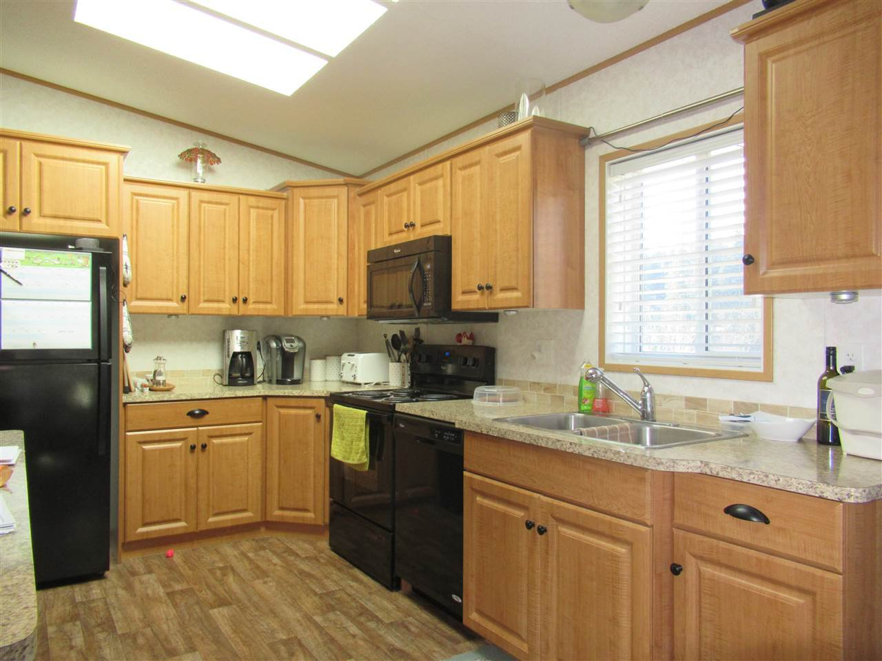"Photo 2: Photos: 4275 N CLEAR Road in Williams Lake: Williams Lake - Rural North Manufactured Home for sale in ""WILDWOOD"" (Williams Lake (Zone 27))  : MLS®# R2357935"