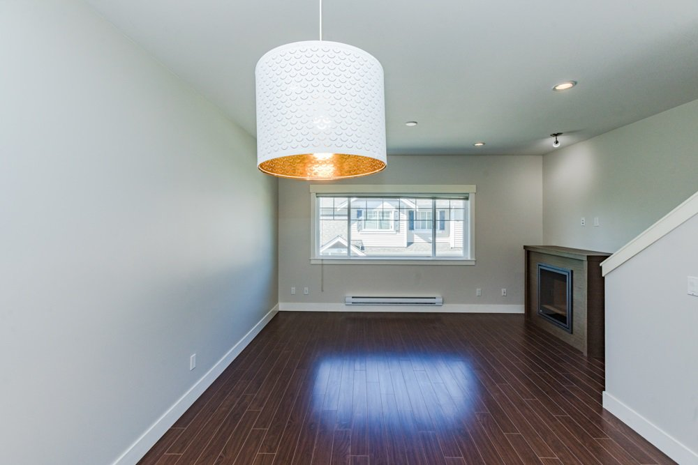"""Photo 9: Photos: 30 30748 CARDINAL Avenue in Abbotsford: Abbotsford West Townhouse for sale in """"Luna Homes"""" : MLS®# R2371089"""