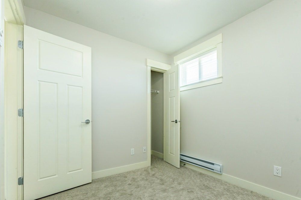 """Photo 16: Photos: 30 30748 CARDINAL Avenue in Abbotsford: Abbotsford West Townhouse for sale in """"Luna Homes"""" : MLS®# R2371089"""