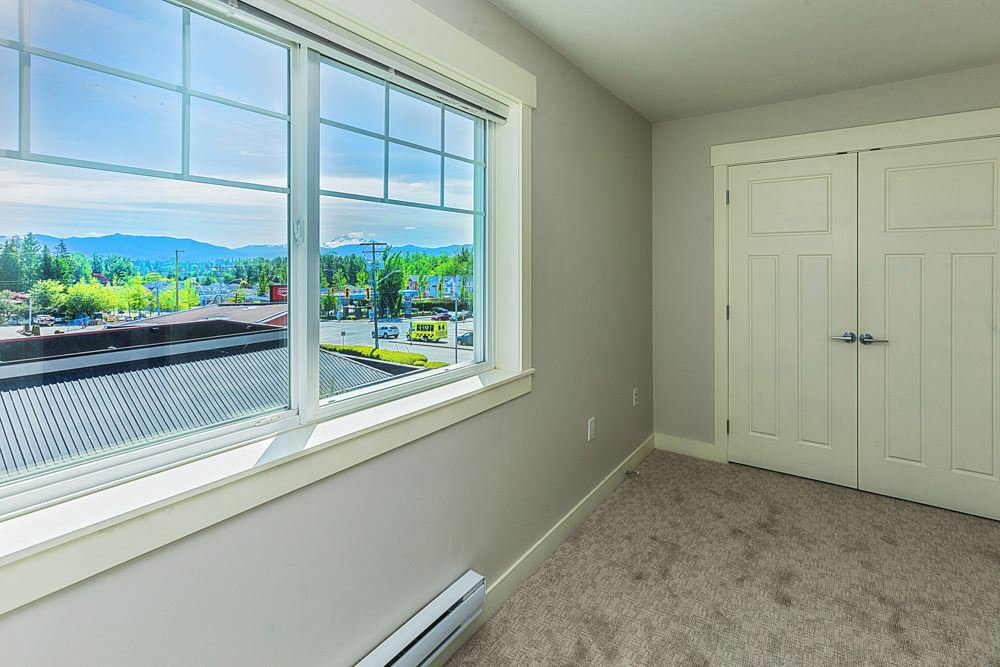 """Photo 15: Photos: 30 30748 CARDINAL Avenue in Abbotsford: Abbotsford West Townhouse for sale in """"Luna Homes"""" : MLS®# R2371089"""