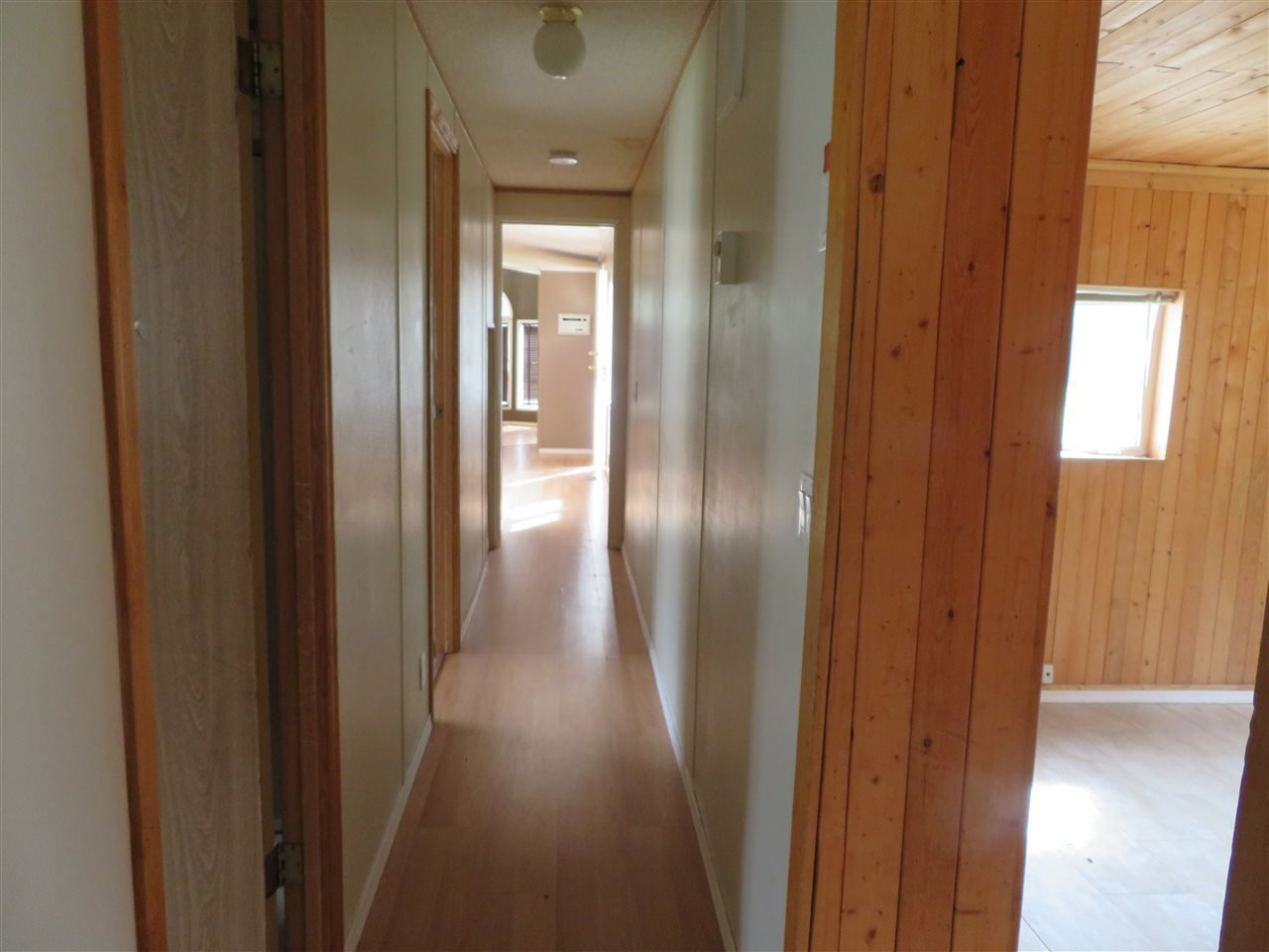 """Photo 11: Photos: 31 2963 KLAHANNI Drive in Fort Nelson: Fort Nelson -Town Manufactured Home for sale in """"KLAHANNI PARK"""" (Fort Nelson (Zone 64))  : MLS®# R2377854"""